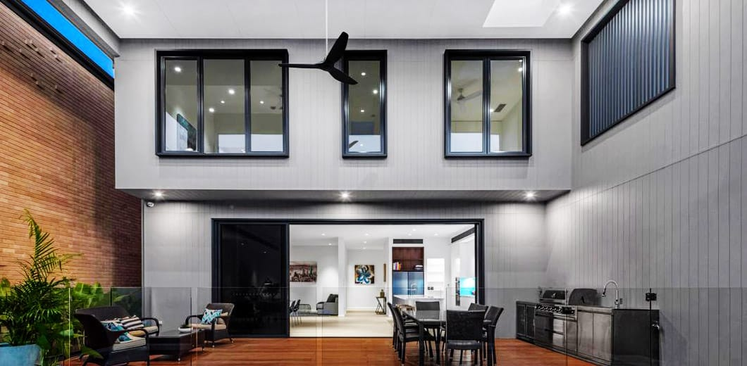 Frameless Glass Solutions In Brisbane Clearly Glass