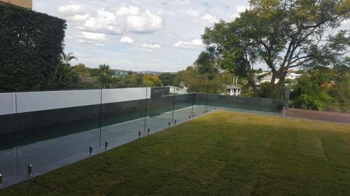 Pool-fence-2-2