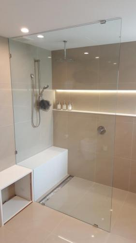 showerscreen-e1467859211524