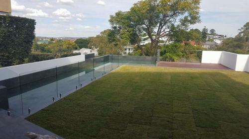 pool-fence-61